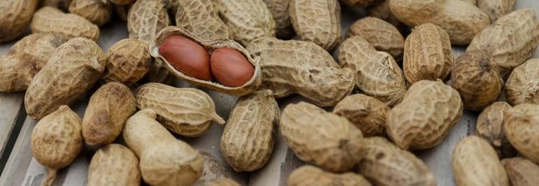 Free Stock Image - Peanuts (2)
